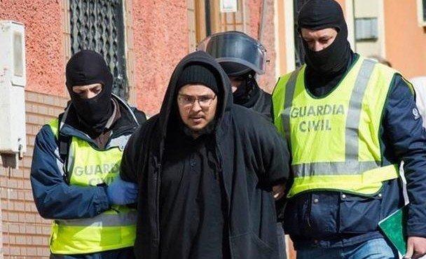 v-ispanii-zaderzhali-troikh-teroristov-iz-ig