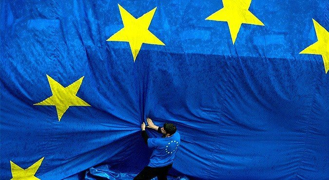 ЕС зависим от США во внешней политике