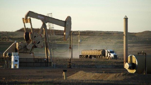 зачем США продавать свою нефть?