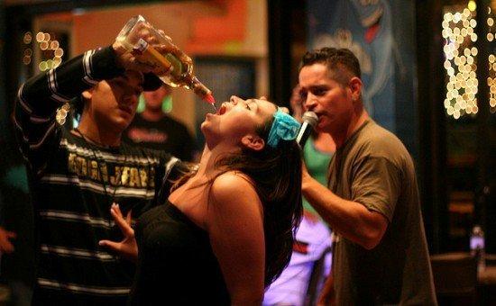 смертность из-за алкоголя в США повышается