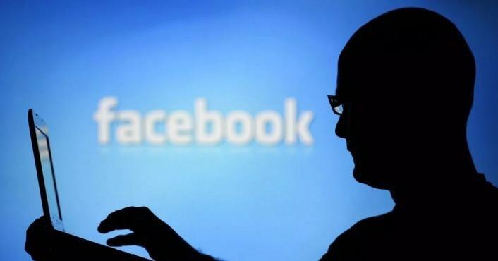 facebook-vzyalas-za-botov