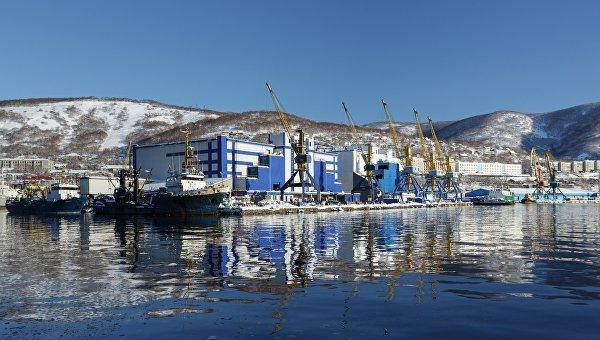 Петропавловск-Камчатский, морской торговый порт. Архивное фото