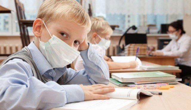 вирус угрожает детям в первую очередь