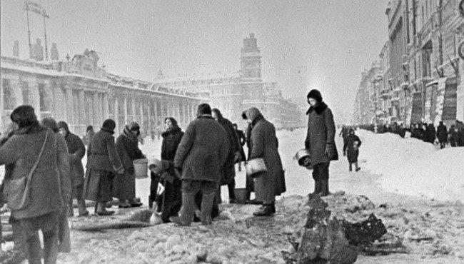 Петербург отметил 73-ю годовщину прорыва блокады