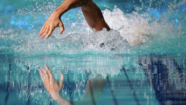бассейн плавание