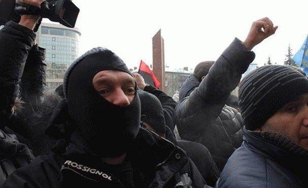 v-ivano-frankovske-na-inostrannykh-studentov-napali-lyudi-v-maskakh