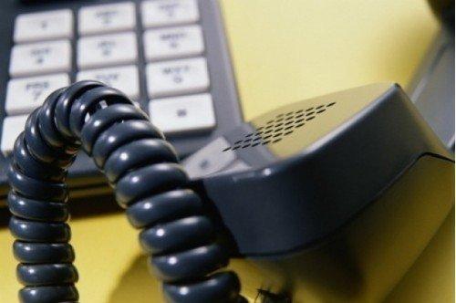 v-krymu-telefonnye-moshenniki-vyzyvajut-ljudei-v-prokuraturu-52575-64[1]