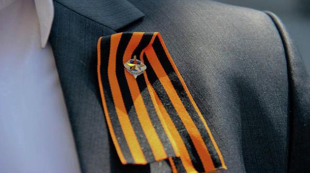 v-litve-khotyat-prirovnyat-georgievskuyu-lentochku-k-fashizmu