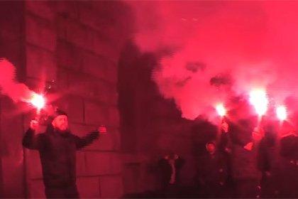 Азов пикетирует СБУ в Киеве