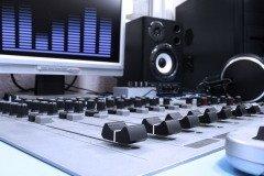 Всемирный день радио — молодой праздник (Фото: Tsian, Shutterstock)