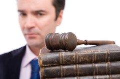 Цель Дня — напомнить о важности права на установление истины и на справедливость (Фото: khz, Shutterstock) Источник: