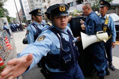 разборки в Японии становятся все масштабнее