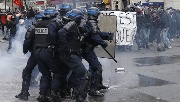 protesty-v-parizhe