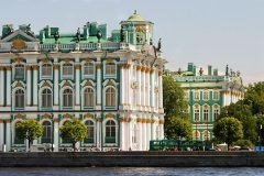Государственный Эрмитаж (Фото: Dmitriy Yakovlev, Shutterstock)