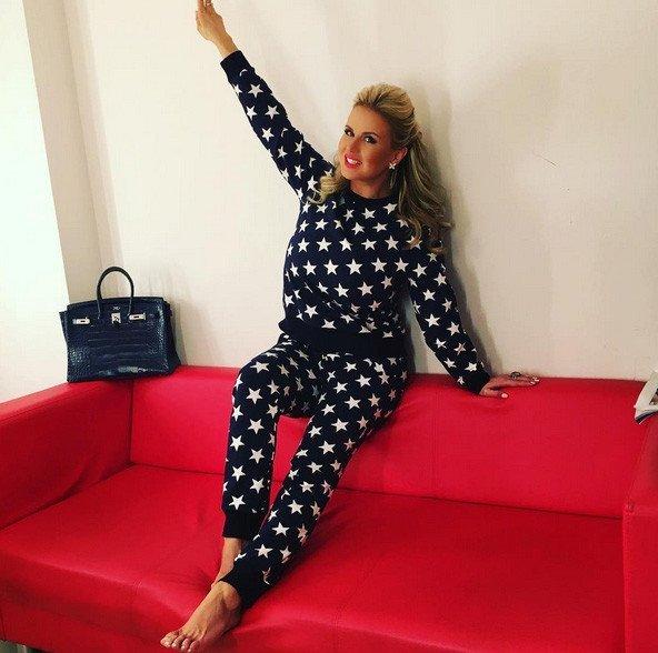 Анна Семенович в костюме дизайна Ксении Бородиной, Фото: @semenovich