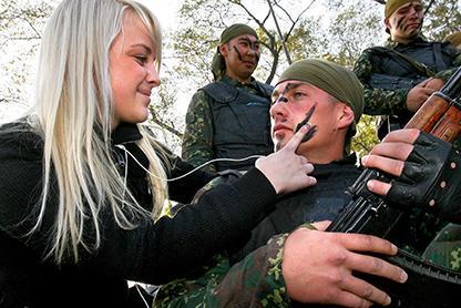 v-rossii-poyavitsya-voenno-patrioticheskoe-dvizhenie-yunarmiya