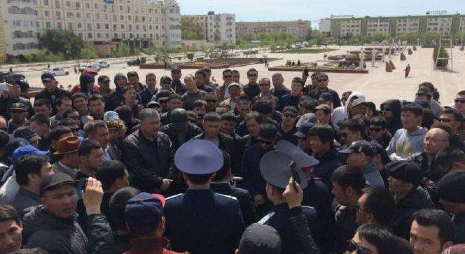 komu-nuzhna-revolyutsiya-v-kazakhstane