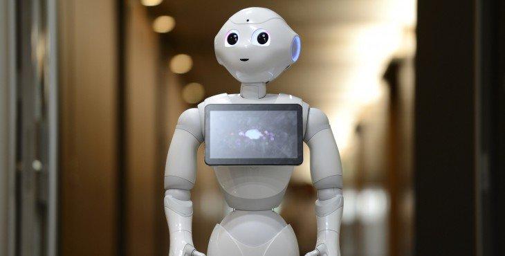 o-pepper-robot-facebook