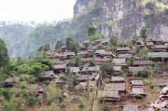 Лагерь лаосских беженцев на севере Таиланда (Фото: Focon, Shutterstock)