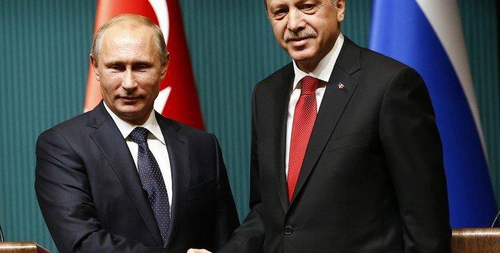 Путин обсудил отмену ограничений по посещению Турции