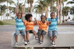Чтобы видеть улыбки на лицах детей (Фото: Felix Mizioznikov, Shutterstock)