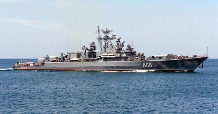 Россия ответила на выход американского эсминца в Черное море