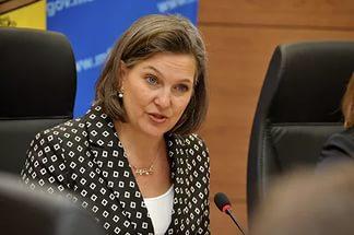 Нуланд предложила усилить пропаганду против России