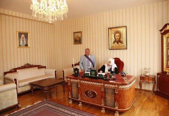 kabinet-patriarkha-kirilla