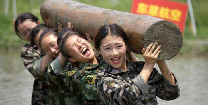 kitajskie-styuardessy