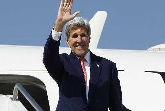 СМИ узнали, зачем в Москву едет госсекретарь США Керри