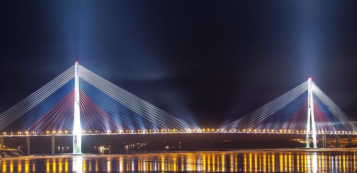 krymskij-most-budet-podsvechen-tsvetami-rossijskogo-flaga