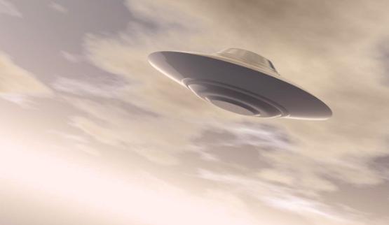 В интернет просочилось видео, как ВВС США проводят испытание летающей тарелки
