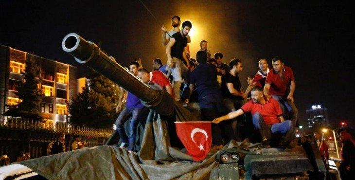 Стариков: Зачем Россия выдала планы путча Эрдогану
