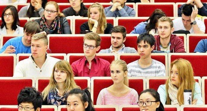 vo-skolko-obojdetsya-vysshee-obrazovanie-v-rossii