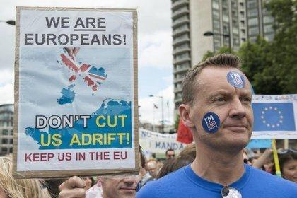 Великобритания уже никуда не выходит?