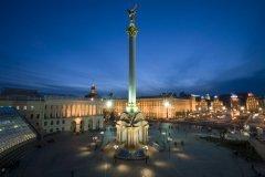 Площадь Независимости в Киеве (Фото: Elena Sherengovskaya, Shutterstock)