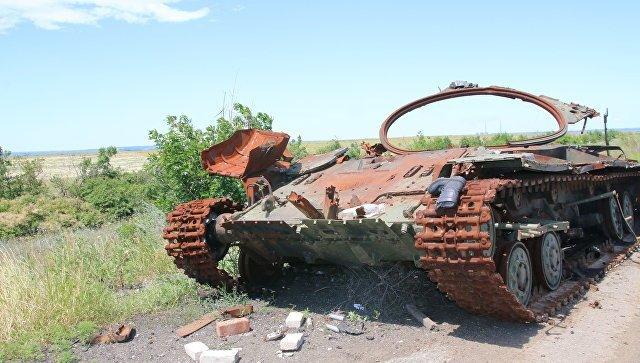 Порошенко: вДонбассе погибли неменее 2500 украинских военных