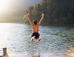С этого дня люди переставали купаться (Фото: Monkey Business Images, Shutterstock)