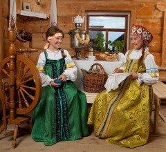 Из шерсти овец мастерицы пряли нитки (Фото: Vladimir Melnikov, Shutterstock)