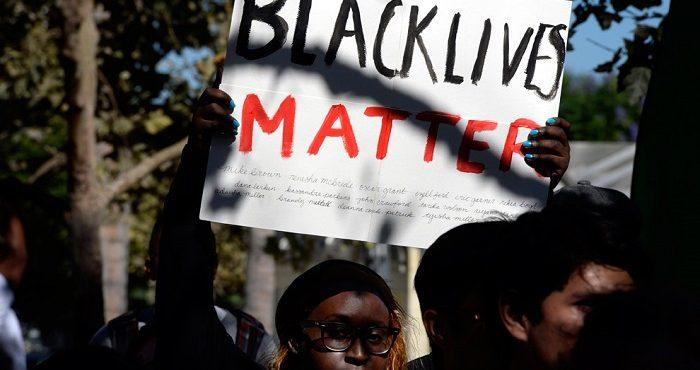 Очередные беспорядки в Калифорнии после убийства темнокожего