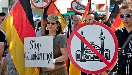 В Германии увеличилось число нападений на мечети