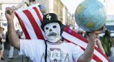 amerikanskij-fleshmob-vyshe-ruki-bolshe-sanktsij