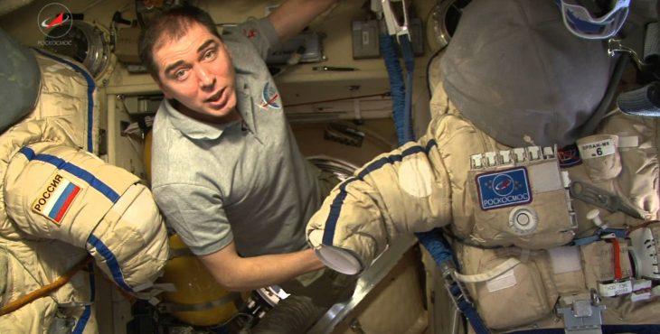 Космонавт рассказал куда девается мусор с МКС (видео)