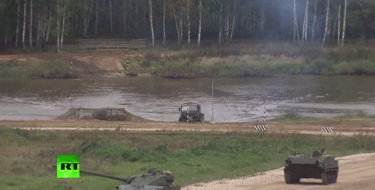 Прямая трансляция с форума «Армия-2016» — демонстрация ходовых и огневых возможностей боевой техники (Видео)
