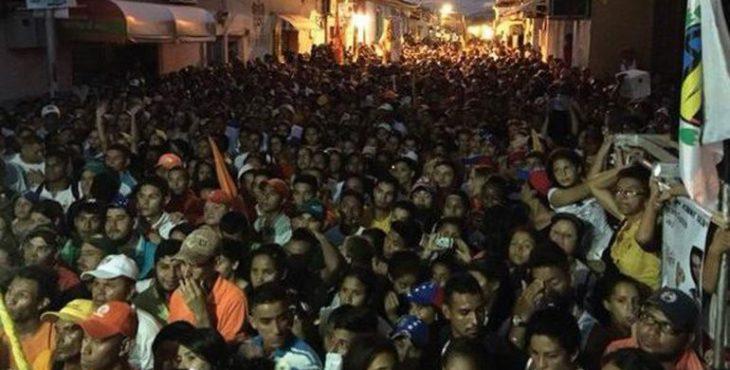 в Венесуэле готовят майдан