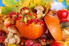 Традиционные атрибуты Дня благодарения, символизирующие обильный урожай (Фото: Teresa Kasprzycka, Shutterstock)