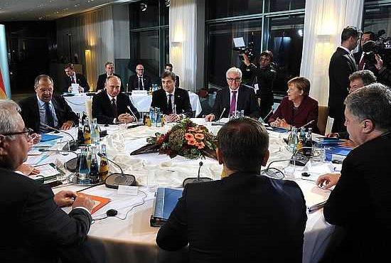 """""""Quarteto da Normandia"""":  """"Moscou provavelmente rejeitaria encontro se fosse só diálogo com Kiev"""""""