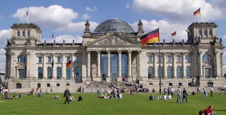 Бундестаг призвал считать «Северный поток-2» не деловым, а политическим проектом