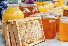 В это время было принято обязательно есть по утрам мед (Фото: Vladf, Shutterstock)