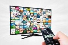 Телевидение до сих пор является самым популярным СМИ (Фото: Piotr Adamowicz, Shutterstock)